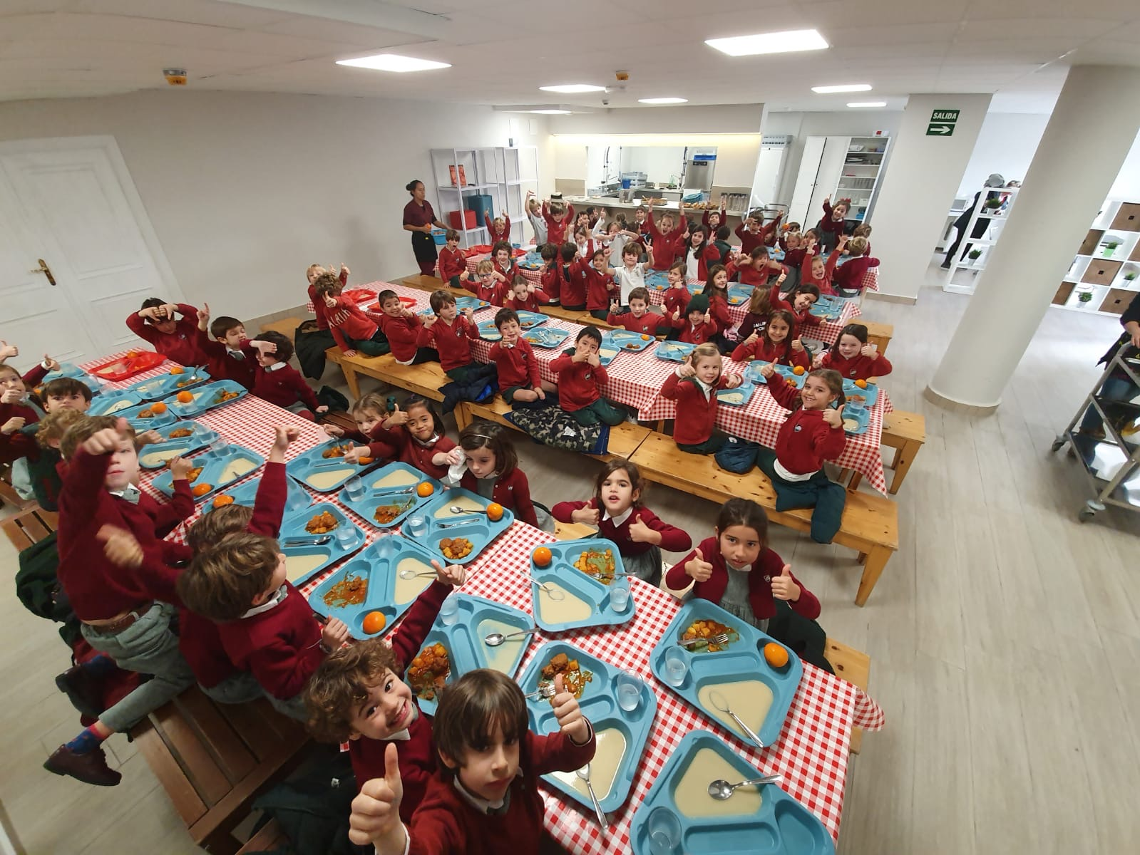 comedor-dallington-school-2